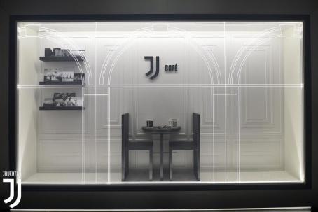 New Juventus logo restaurants and cafes.